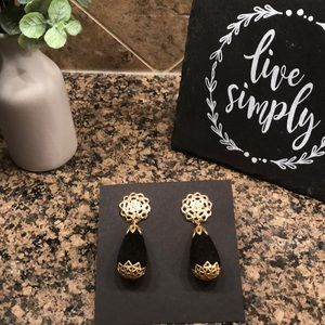 Black and gold drop vintage earrings
